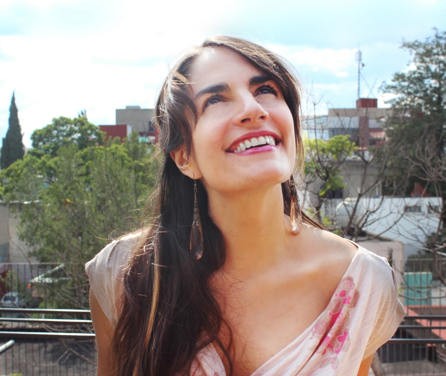 Dra. Leonora Esquivel Frías